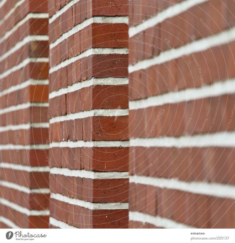 1920 Bauwerk Gebäude Architektur Mauer Wand Fassade Stein Backstein eckig retro rot weiß Linie gerade ziegelrot Farbfoto mehrfarbig Außenaufnahme Nahaufnahme