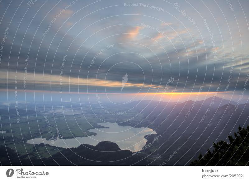 very early Himmel Natur Wasser Sonne Sommer Wolken Ferne Berge u. Gebirge Umwelt Landschaft See orange Europa Alpen Gipfel Aussicht