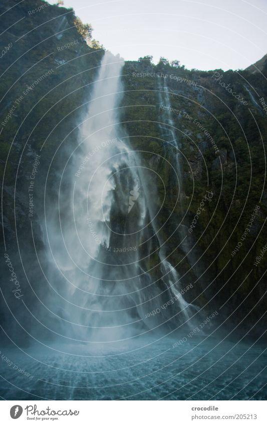 New Zealand 139 Natur Meer dunkel Berge u. Gebirge Landschaft Kraft Küste Wetter Umwelt Energie ästhetisch Insel Bucht Wasserfall Fjord Naturschutzgebiet