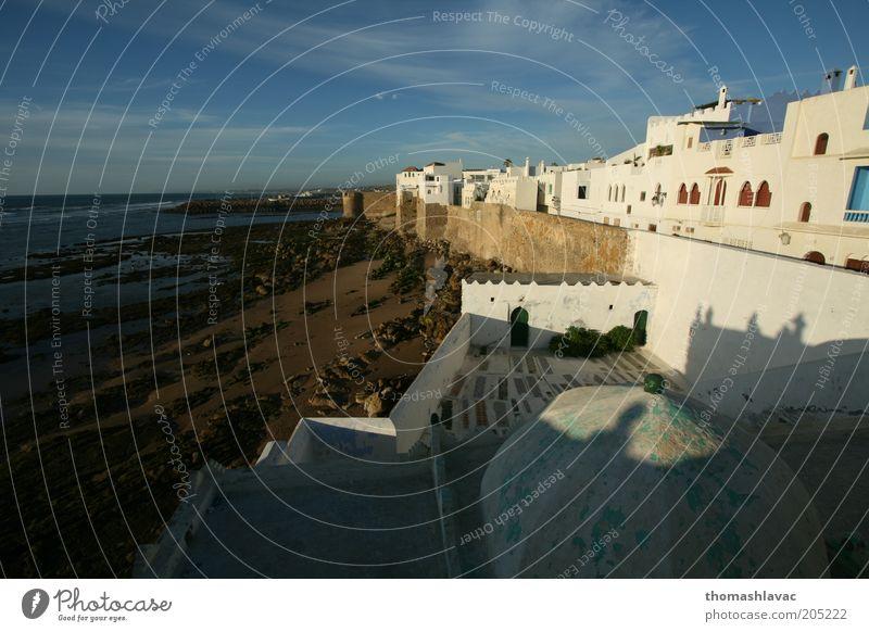 Himmel Natur Ferien & Urlaub & Reisen Strand Haus Umwelt Landschaft Wand Küste Mauer Gebäude Wellen Fassade Schönes Wetter Afrika Marokko