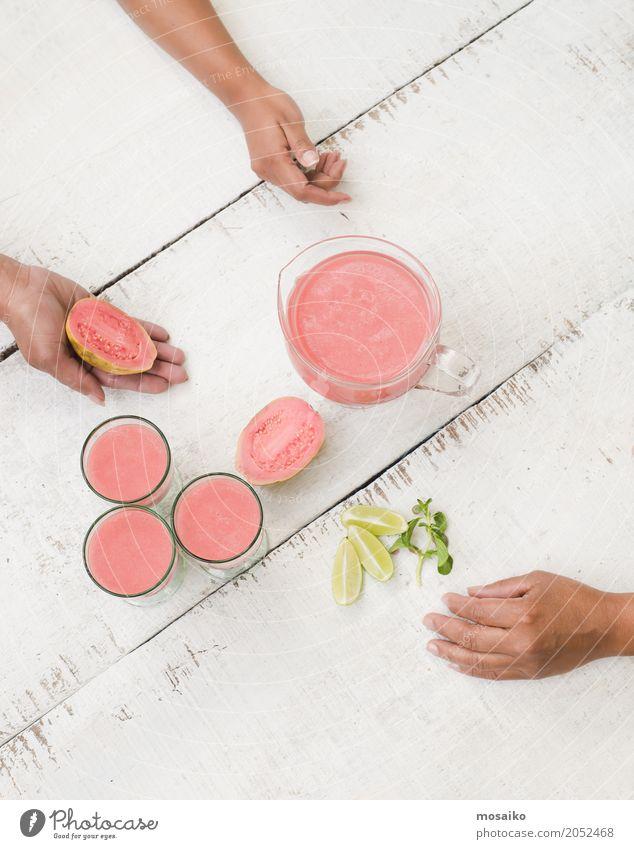 Guave Smoothie auf weißer Tabelle Gemüse Frucht Ernährung Essen Vegetarische Ernährung Diät Saft Lifestyle Reichtum Design exotisch Gesunde Ernährung Sommer
