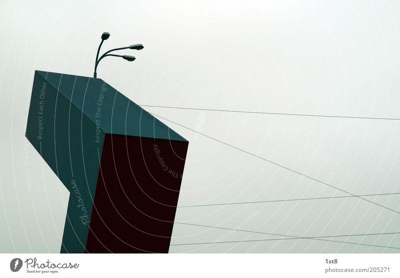 god's tetris Himmel dunkel ästhetisch trist Skulptur Geometrie Straßenbeleuchtung Gegenteil Symmetrie Block Gegenlicht Oberleitung Natur abstrakt Stromtransport Drahtseil