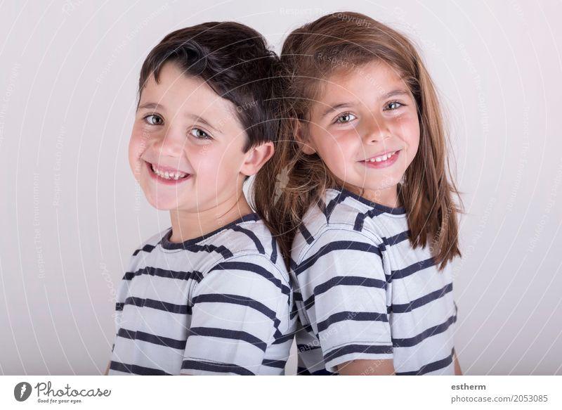 glücklicher Freund Lifestyle Feste & Feiern Geburtstag Mensch Kind Kleinkind Mädchen Junge Familie & Verwandtschaft Freundschaft Kindheit 2 3-8 Jahre Lächeln