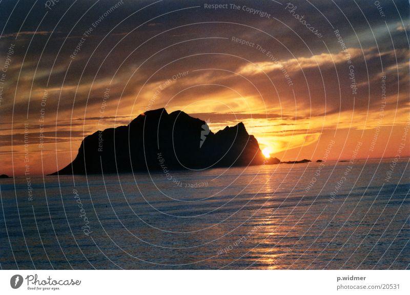 midnightsun Insel Norwegen Geografie Mitternachtssonne Polarkreis
