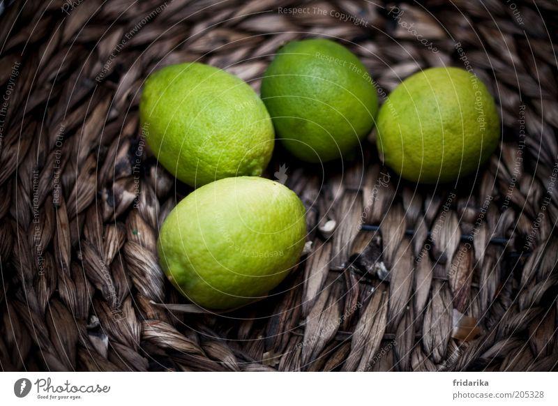 sauer macht lustig grün braun Frucht frisch lecker Duft exotisch Korb saftig sauer Limone Geruch Vitamin C