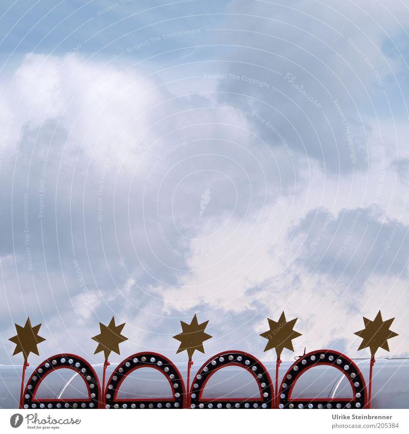 Sternenhimmel (FR 6/10) Himmel weiß rot Wolken Lampe Beleuchtung Stern gold Stern (Symbol) Dekoration & Verzierung Symbole & Metaphern Glühbirne Zirkus Entertainment Qualität Bogen