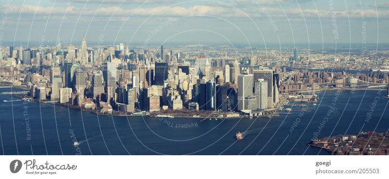 Manhattan 2 Wasser Himmel Meer Haus Wolken Wasserfahrzeug Hochhaus Horizont USA Hafen Amerika Skyline Vogelperspektive Stadtzentrum New York City