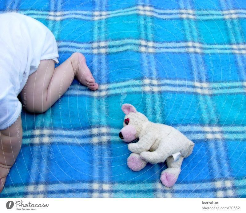 two-girls Mensch Kind Mädchen Baby Decke Teddybär
