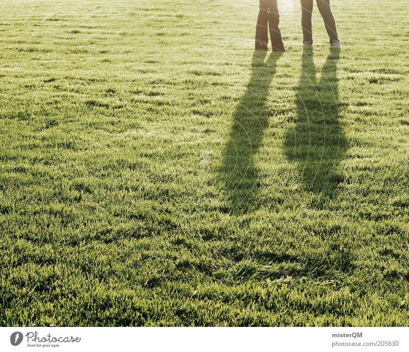 Spielauswertung. Mensch grün Sommer ruhig sprechen Gras Beine Beleuchtung Freizeit & Hobby ästhetisch Rasen Idylle Sportrasen Verabredung Wiese