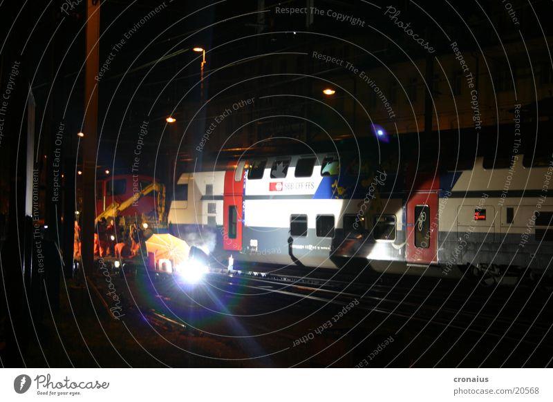 schweissarbeit 2 Nacht Gleise Eisenbahn Gasbrenner Elektrisches Gerät Technik & Technologie globi sbb