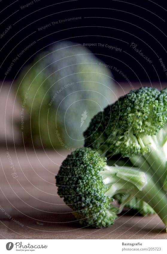 Vitaminbombe Lebensmittel Gemüse Ernährung Bioprodukte Vegetarische Ernährung Gesundheit grün lecker Unschärfe Brokkoli geschmackvoll geschmacklich Farbfoto