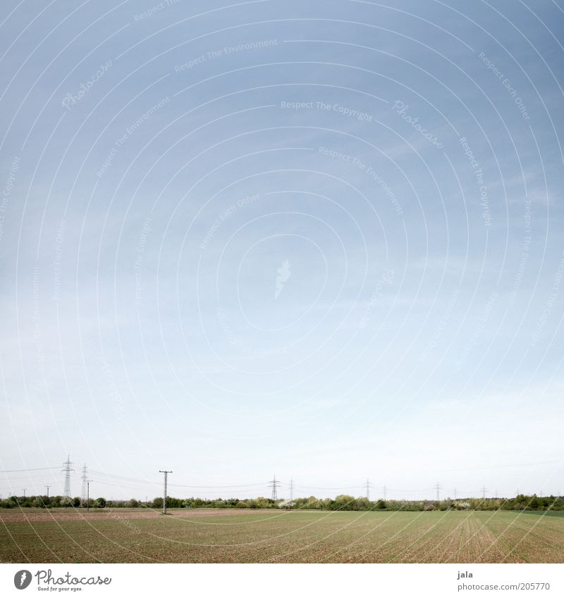 landstrich Natur Himmel grün blau Ferne Landschaft Feld frei Horizont Strommast Hochspannungsleitung