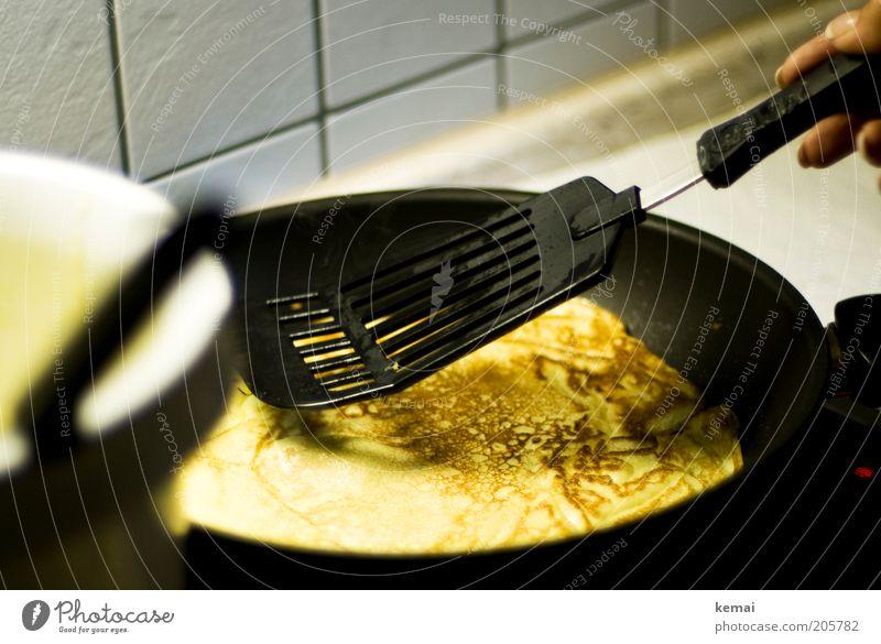 Mittagessen-Zubereitung Lebensmittel Teigwaren Backwaren Pfannkuchen Eiergerichte Ernährung Abendessen Vegetarische Ernährung Pfanne Pfannenheber
