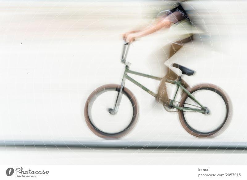 AST10 | Der kopflose Reiter Lifestyle Freizeit & Hobby Spielen Sport Fitness Sport-Training Fahrradfahren Halfpipe Mensch festhalten sportlich außergewöhnlich