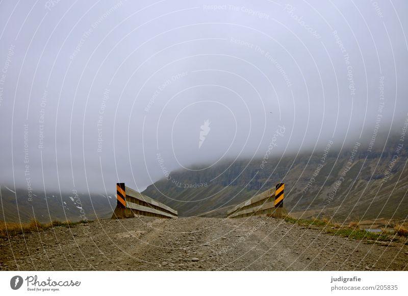 Island Himmel Natur Ferien & Urlaub & Reisen Wolken Einsamkeit Straße Berge u. Gebirge Landschaft Umwelt Wege & Pfade Stimmung Erde Nebel Tourismus Brücke Klima