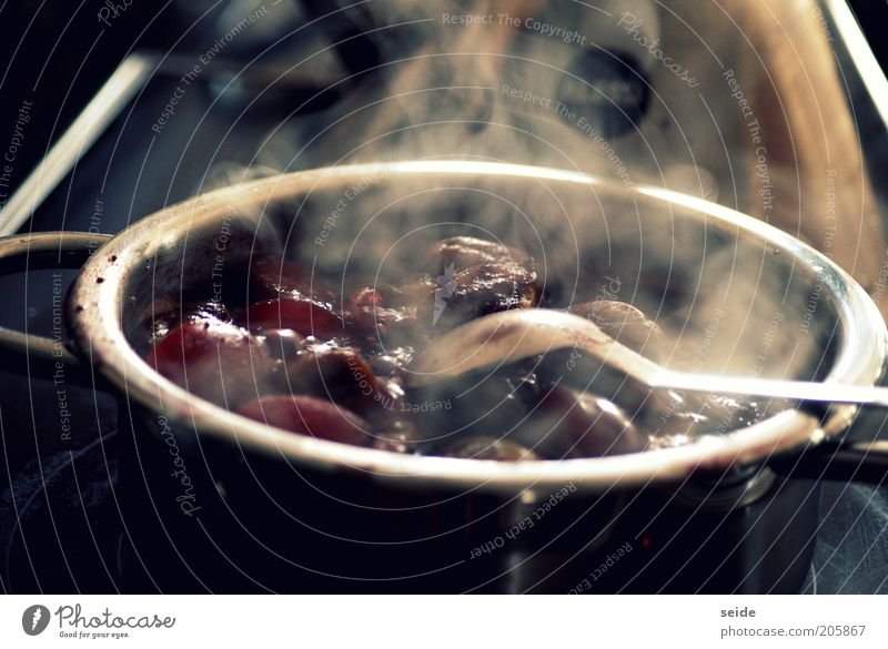 mhhh.. Lebensmittel Frucht Pflaume Topf Besteck Löffel Küche Herd & Backofen Stahl Duft heiß süß violett rot schwarz kochen & garen Marmelade Innenaufnahme