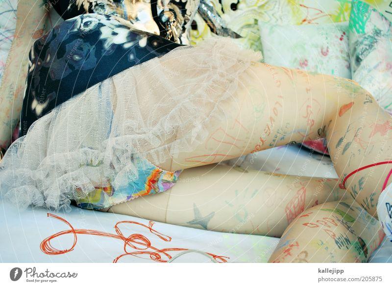 SMS legs Mensch Frau Jugendliche Erwachsene feminin Leben Erotik Party Stil Mode Feste & Feiern 18-30 Jahre sitzen elegant Schriftzeichen ästhetisch