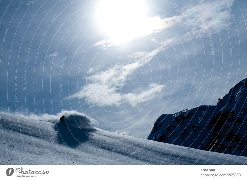 refreshing Mensch Himmel Ferien & Urlaub & Reisen blau Sonne Wolken Winter kalt Berge u. Gebirge Schnee Sport Lifestyle Freiheit Freizeit & Hobby Tourismus Geschwindigkeit