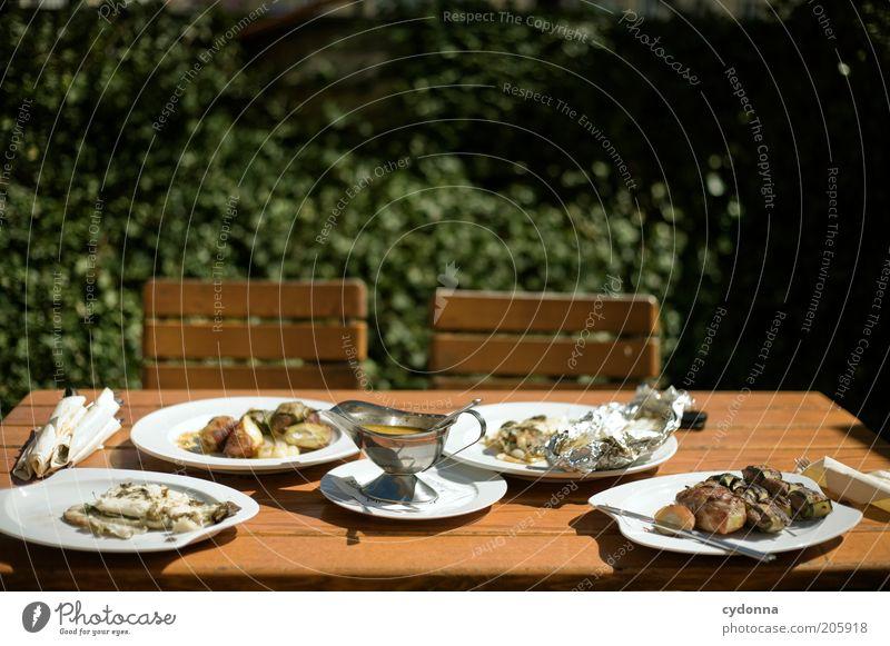Probierfeld Ernährung Leben Garten Lebensmittel Zeit Tisch Lifestyle Fisch Stuhl einzigartig Restaurant Geschirr Leidenschaft Kreativität Teller Fleisch