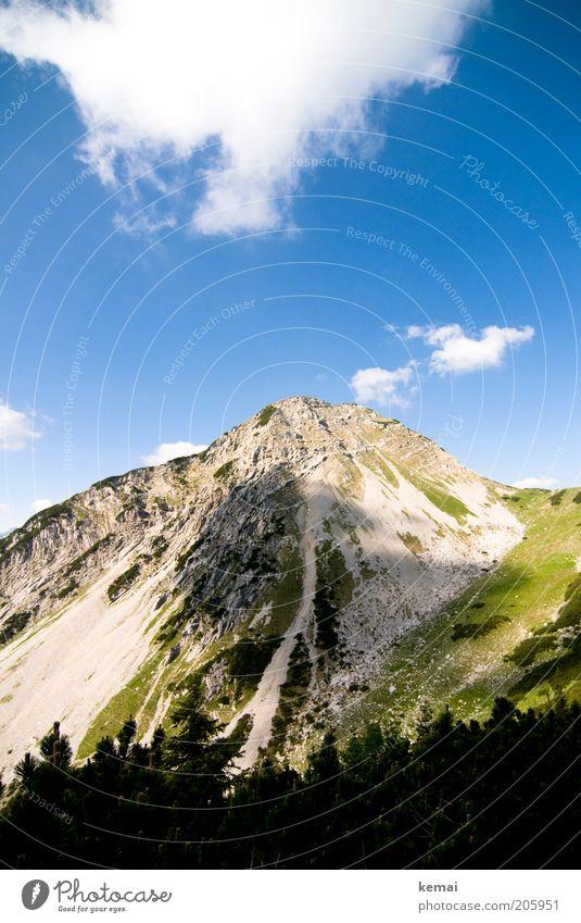 Bewölkt Umwelt Natur Landschaft Pflanze Urelemente Himmel Wolken Sonnenlicht Sommer Klima Schönes Wetter Wärme Sträucher Hügel Felsen Alpen Berge u. Gebirge