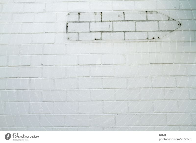 LEERZEICHEN [LUsertreffen 04|10] weiß Wand Architektur grau Stein Mauer Fassade Schilder & Markierungen leer Ziel Bauwerk Zeichen ausdruckslos Richtung Fuge Umrisslinie