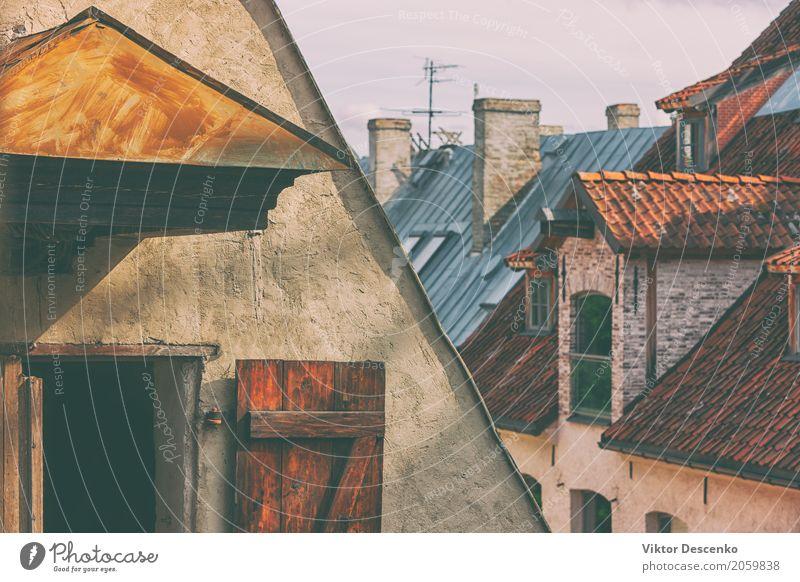 Die Dächer der Altstadt Himmel Ferien & Urlaub & Reisen alt Sommer Stadt Landschaft rot Haus Architektur Straße Gebäude Tourismus Stein Aussicht Europa Kultur