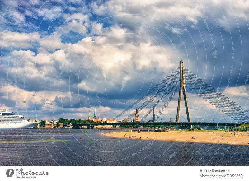 Panorama von Riga an einem sonnigen Tag Reichtum schön Erholung Ferien & Urlaub & Reisen Tourismus Ausflug Kreuzfahrt Sonne Strand Meer Ostsee Fluss Kirche