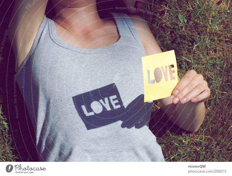 Summer Love. Frau Mensch Sommer Liebe Leben Erholung Gefühle Gras Freiheit grau Zufriedenheit Stimmung Perspektive Fröhlichkeit ästhetisch Romantik