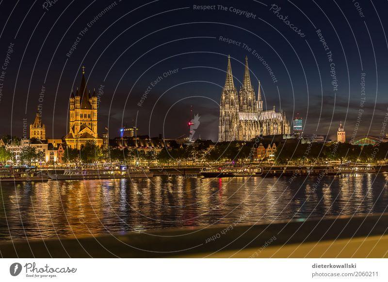 Skyline Köln Architektur Fluss Rhein Stadt Stadtzentrum Altstadt Haus Kirche Dom Bauwerk Gebäude Sehenswürdigkeit Wahrzeichen Denkmal Kölner Dom Kultur