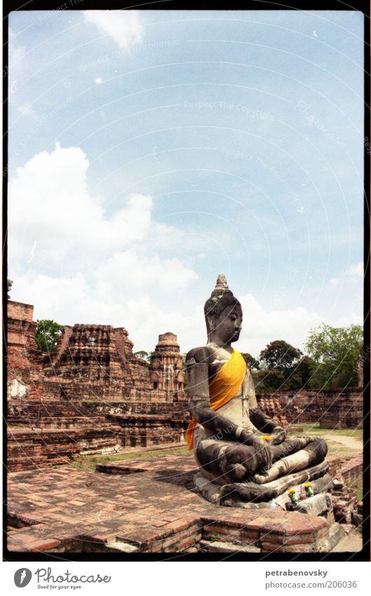 Ayutaya Himmel Natur alt ruhig gelb Umwelt Landschaft Religion & Glaube Stein Luft Kunst Zufriedenheit Thailand Vergangenheit Denkmal