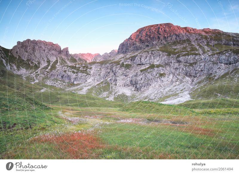 rotes Licht des Sonnenuntergangs auf alpinen Spitzen, Bayern, Deutschland Ferien & Urlaub & Reisen Sommer Berge u. Gebirge Natur Landschaft Himmel Sonnenaufgang