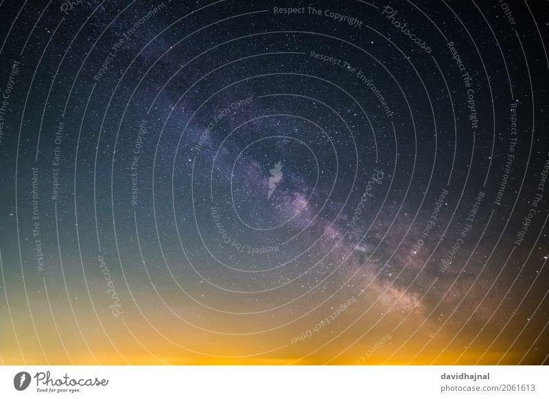 Milchstraße Himmel Natur blau Sommer Erholung Umwelt Deutschland orange glänzend ästhetisch Europa Abenteuer Stern beobachten Unendlichkeit entdecken