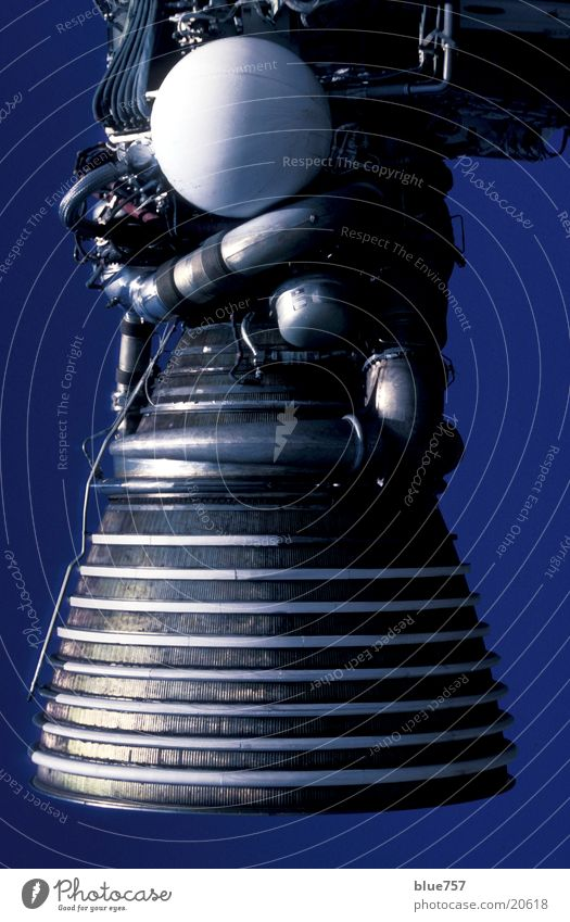 Saturn - Raketenmotor Himmel weiß blau Motor Metall Technik & Technologie Florida Triebwerke Elektrisches Gerät Saturn Cape Canaveral Raketenmotor