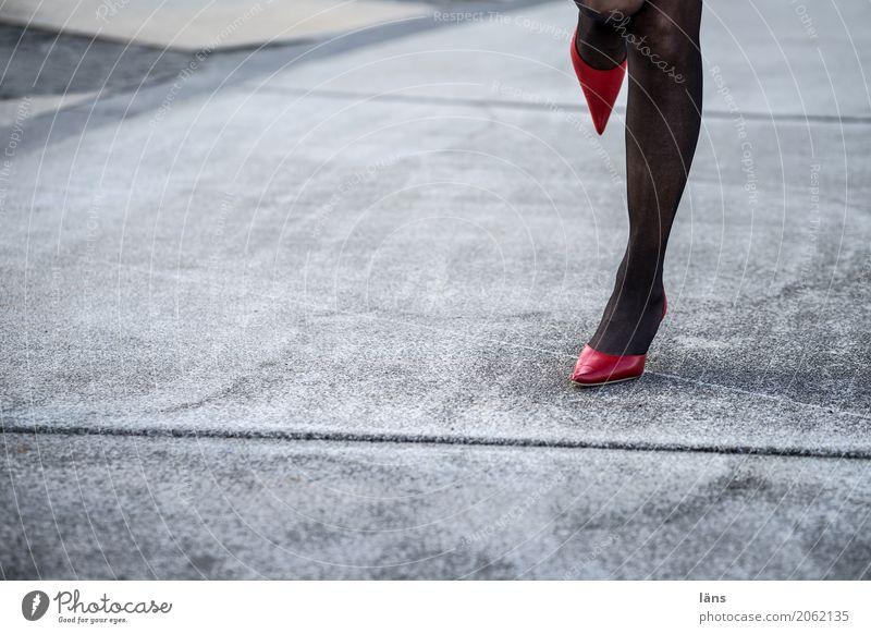 AST10 l beieinander Lifestyle elegant Stil Party Tanzen Mensch feminin Leben Beine Strumpfhose Damenschuhe Bewegung drehen außergewöhnlich schön Erotik Spitze