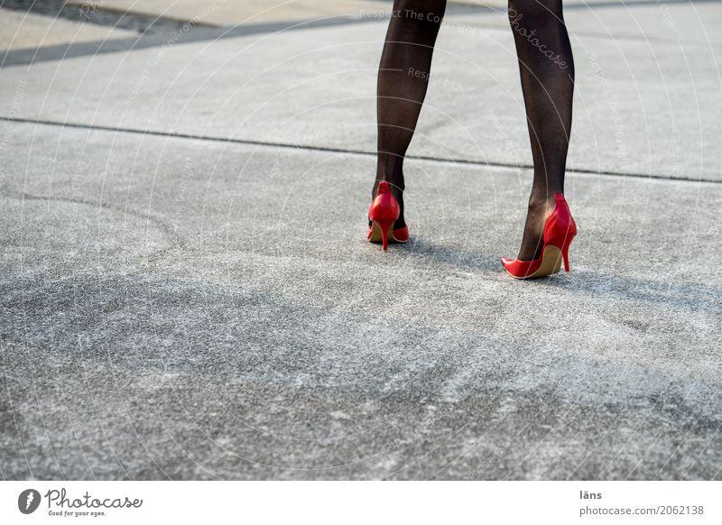 AST 10 l läuft Lifestyle elegant Stil Mensch feminin Beine Wege & Pfade Strumpfhose Schuhe Damenschuhe gehen Coolness Erotik schön Beginn Bewegung
