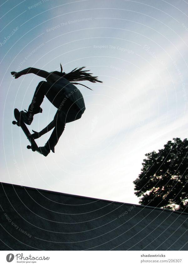 Junger Spund Mensch Mann Jugendliche Freude Sport Leben springen Spielen Glück Erwachsene maskulin fliegen Lifestyle Freizeit & Hobby