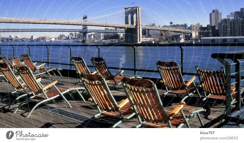 Schöne Aussicht Brücke Fluss Aussicht Brooklyn Skyline New York City Liegestuhl Brooklyn Bridge East River Manhattan Bridge