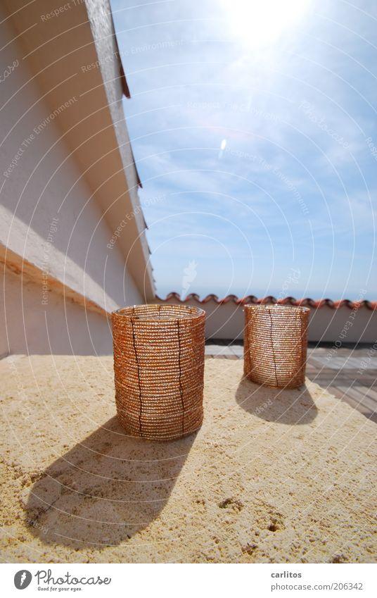 Spanischer Lichtblick Himmel Sonne Sommer Schönes Wetter Gebäude Mauer Wand Terrasse Dach Erholung leuchten eckig heiß Wärme blau braun Teelicht Sandstein