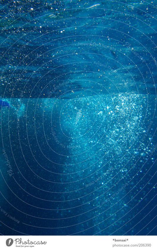 ... beyond the sea Natur Wasser blau Sommer Meer Bewegung Wellen nass frei frisch natürlich leuchten Neugier geheimnisvoll Leichtigkeit Luftblase