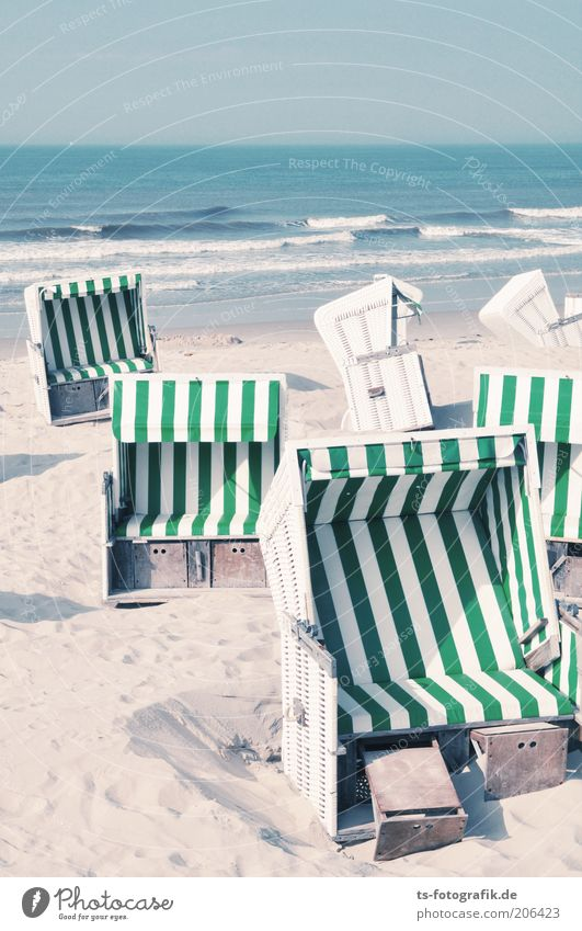 Gib mir 'nen Korb II weiß Meer grün blau Sommer Strand Ferien & Urlaub & Reisen Sand Wellen Horizont Insel Tourismus Streifen heiß Ostsee Schönes Wetter