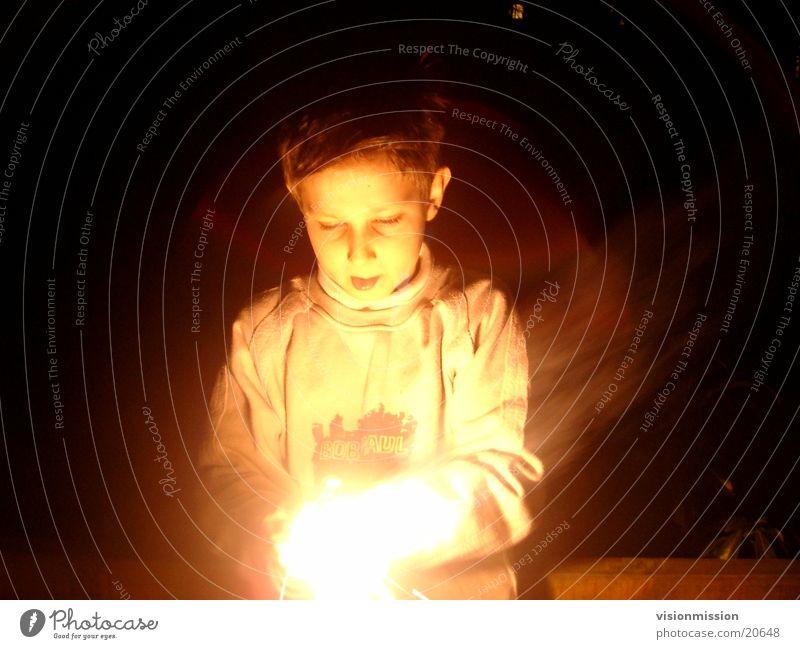 erleuchtung Kind Gesicht Beleuchtung Raum Brand Veranstaltung Erkenntnis