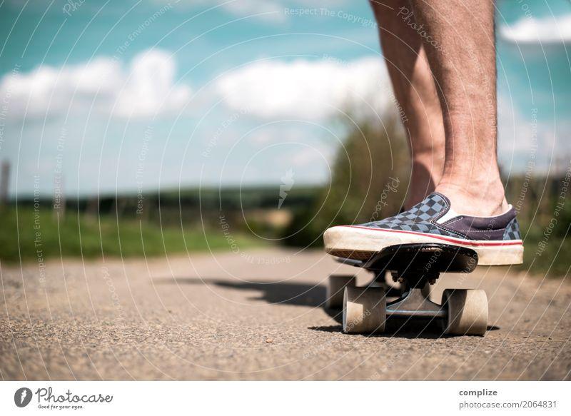 Landskating Natur Ferien & Urlaub & Reisen Jugendliche Mann Sommer Junger Mann Landschaft Freude Erwachsene Straße Leben Lifestyle Wege & Pfade Sport Stil