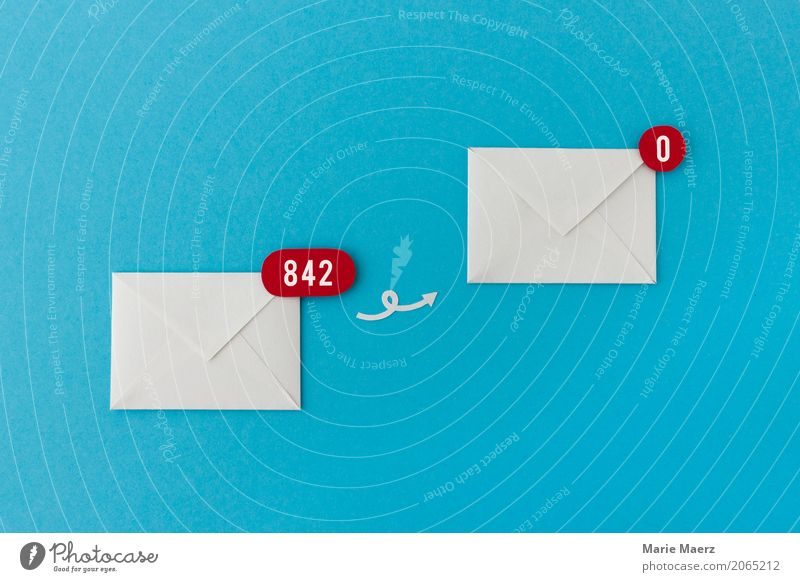 Einfach alles löschen Büro Business Kommunizieren frei frisch blau Weisheit Ordnungsliebe Stress chaotisch Gelassenheit Hoffnung E-Mail Information Posteingang