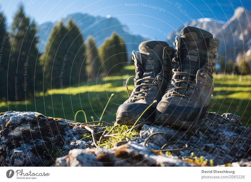 So weit die Füße tragen Natur Ferien & Urlaub & Reisen Pflanze Sommer Landschaft Erholung Ferne Berge u. Gebirge Frühling Freiheit Tourismus Felsen wandern