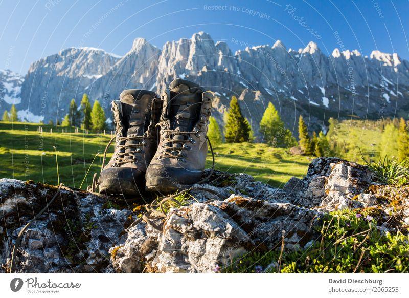 Am Berg Ferien & Urlaub & Reisen Tourismus Ausflug Abenteuer Expedition Sommerurlaub Berge u. Gebirge wandern Natur Landschaft Wolkenloser Himmel Frühling