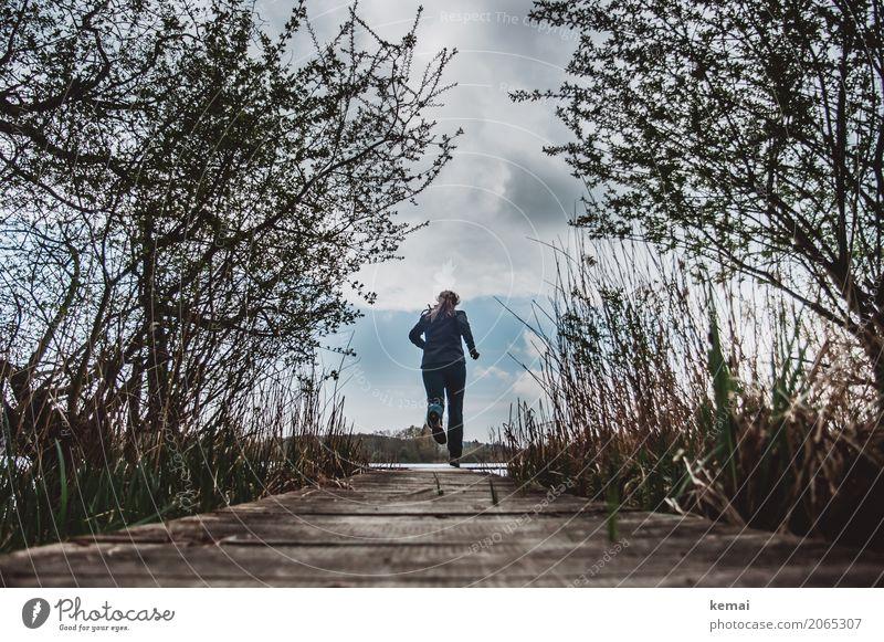 Schnell ins Wochenende Lifestyle Leben Wohlgefühl Zufriedenheit Freizeit & Hobby Ferien & Urlaub & Reisen Ausflug Abenteuer Freiheit Mensch feminin Frau