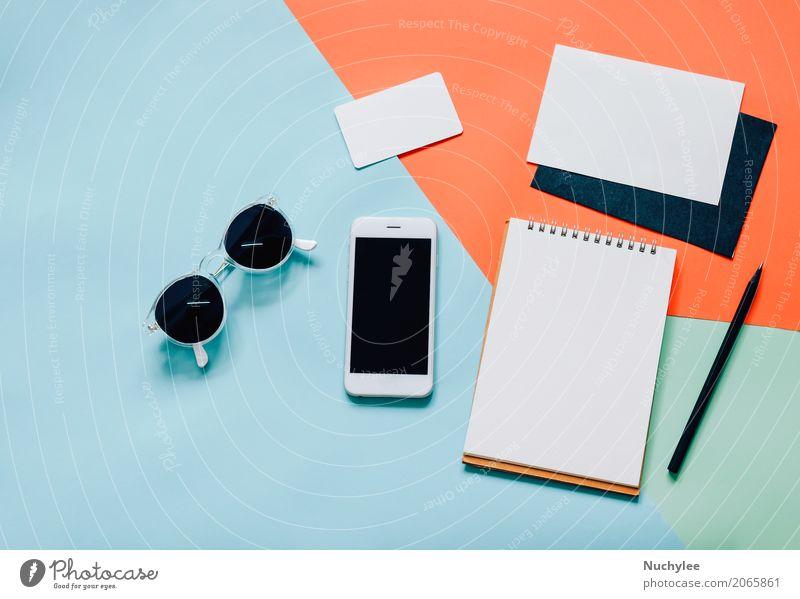 Kreativer flacher Laienart-Arbeitsplatzschreibtisch Lifestyle Stil Design Schreibtisch Arbeit & Erwerbstätigkeit Büro Business PDA Technik & Technologie Mode