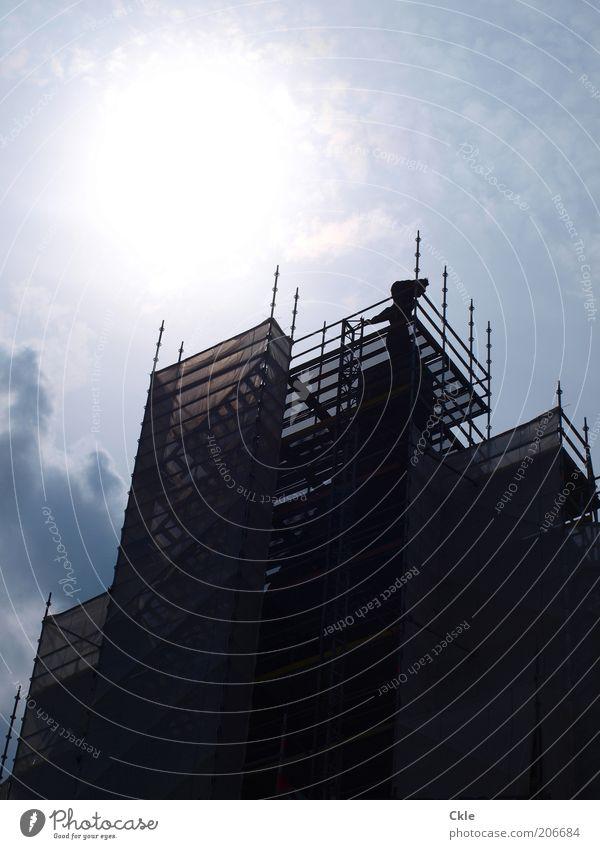 Standhaft Himmel Sonne Architektur Gebäude Fassade Perspektive Baustelle Schönes Wetter bauen Baugerüst Blauer Himmel standhaft Hamburger Hafen