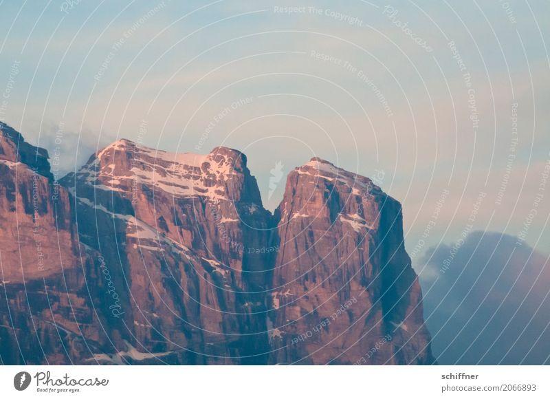 Glühgipfel Umwelt Natur Landschaft Himmel Wolken Sonnenaufgang Sonnenuntergang Klima Felsen Alpen Berge u. Gebirge Gipfel Schneebedeckte Gipfel rosa Alpenglühen
