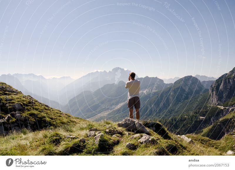 Slowenien - Triglav Nationalpark Mensch Natur Ferien & Urlaub & Reisen Jugendliche Mann Sommer Junger Mann Sonne Landschaft Ferne 18-30 Jahre Berge u. Gebirge